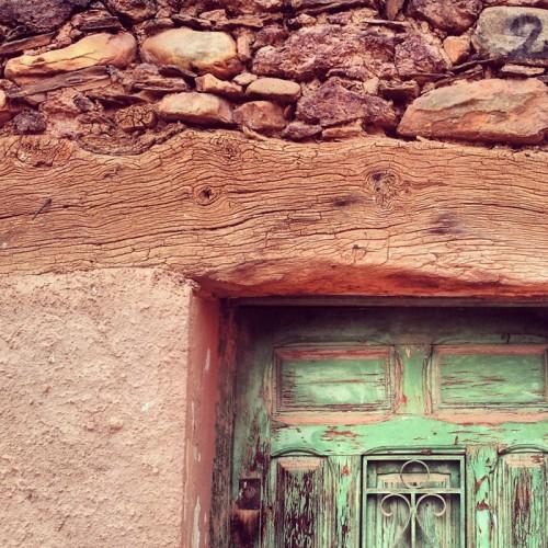 Puerta en Madriguera